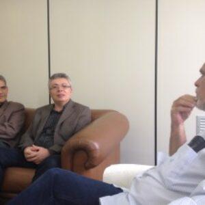 Na sede da Folha de Pernambuco Evandro Alencar é recebido pelo diretor Executivo e fala da sua gestão à frente do Crea-PE