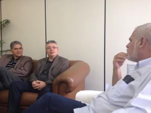 Read more about the article Na sede da Folha de Pernambuco Evandro Alencar é recebido pelo diretor Executivo e fala da sua gestão à frente do Crea-PE