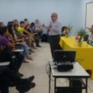 Alunos das áreas tecnológicas da Faculdade Metropolitana  conhecem o Crea Júnior PE