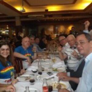 Presidente do Crea-PE reúne pernambucanos que participam da Soea em almoço de congraçamento