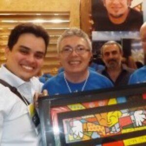Quadro de Romero Brito é sorteado pelo Crea-PE no estande da Soea