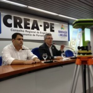 Seminário sobre Topografia é realizado no auditório do Crea-PE