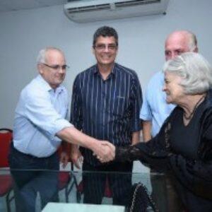 Interventor de Gravatá realiza encontro com lideranças da construção civil e cria comissão para retomada do setor