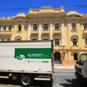 Crea-PE participa, no palácio do governo, de cerimônia de entrega de caminhões frigoríficos