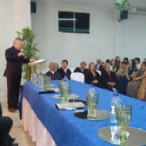 Presidente participa de formatura da Faciagra