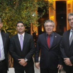 Presidente do Crea-PE prestigia posse da nova diretoria da Ademi-PE