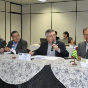 Em Teresina, presidente Evandro Alencar coordena 3ª reunião ordinária do Fórum de Presidentes dos Creas do Nordeste e discute a  integração de gestão e a democratização do Sistema