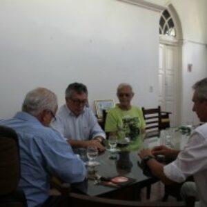 Evandro Alencar se reúne com interventor de Gravatá