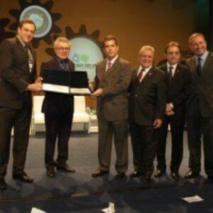 Indicado pelo Crea-PE, geólogo Hélio Paiva Macedo tem nome inscrito no Livro do Mérito do Sistema Confea/Crea e Mútua