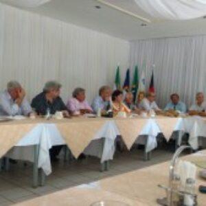 Presidente do Crea-PE promove 1° Encontro Mensal com conselheiros