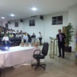 Presidente do Crea-PE ministra palestra na Faciagra