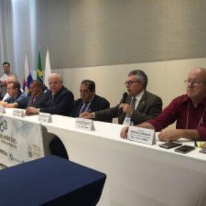 Evandro participa de abertura da 9ª reunião das Caixas do Nordeste