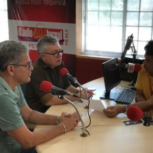 Evandro Alencar concede entrevista à rádio e fala dos projetos de gestão
