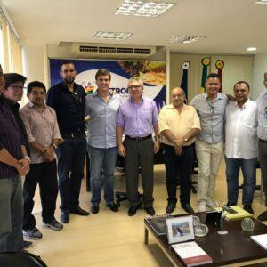 Evandro Alencar e representantes do CREA-PE cumprem agenda com o prefeito Miguel Coelho