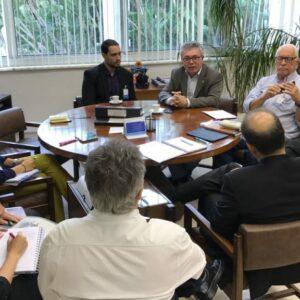 CREA-PE participa de reunião do Senge-PE com presidência da Chesf