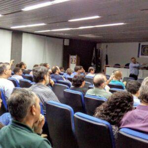 A palestra desse Terça no CREA, realizada ontem, foi baseada na Política Nacional de Resíduos Sólidos