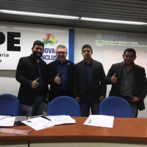 Inspetores do CREA-PE da Regional de Palmares tomam posse em plenária do Conselho