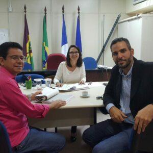 Engenheiros Elvis Militão e Padro Paulo Ximenes representam o presidente do CREA-PE em reunião no MPPE, na cidade de Petrolina