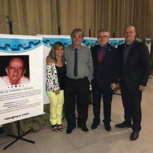 Evandro Alencar participa de solenidade de lançamento do livro Láurea ao Mérito de 2017