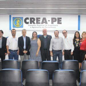 Secretário de Saneamento do Recife, Alberto Feitosa, palestrou neste último Terça no CREA
