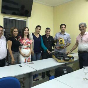 CREA-PE entrega estação total a FACIAGRA