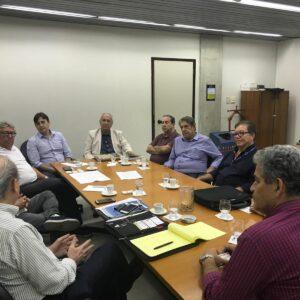 CREA-PE busca alternativas para que a AEAPE volte a ter acento no plenário
