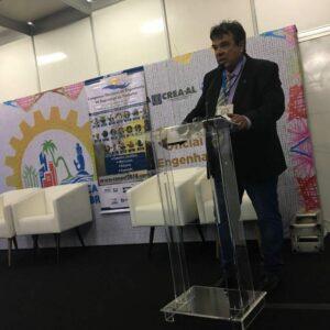 Coordenador da CCEEST, engenheiro Luiz Antônio de Melo, liderou trabalhos dos minicursos realizados na Sala ExpoSoea