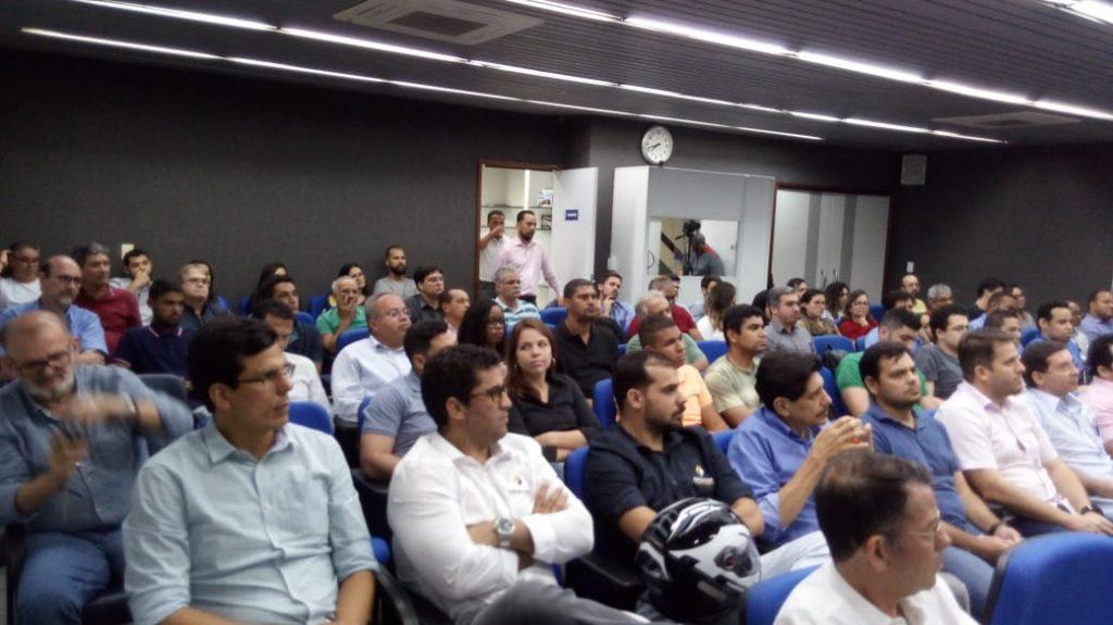 Read more about the article Palestrante do Terça no Crea dá dicas de como alcançar o sucesso no gerenciamento de projetos
