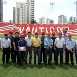 Obras de recuperação do Estádio dos Aflitos é visitada por técnicos do CREA-PE