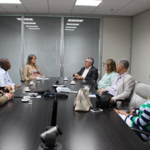 Crea-PE e Suape dialogam sobre parceria e realização de seminário para profissionais do Porto