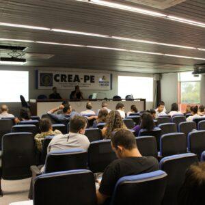 Crea-PE realiza treinamento de capacitação para mesários que atuarão nas eleições de 9 de novembro