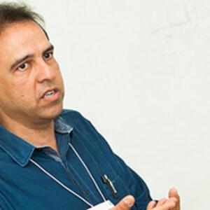 O engenheiro pernambucano Alexandre Duarte Gusmão é homenageado após eleito presidente da ABMS