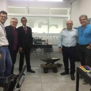 Projetos que envolvem novas tecnologias, voltados para as áreas de Engenharia são apresentados ao presidente Evandro Alencar