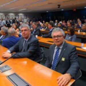 Frente Parlamentar Mista da Engenharia, Infraestrutura e Desenvolvimento Nacional é instalada para a defesa das Engenharias