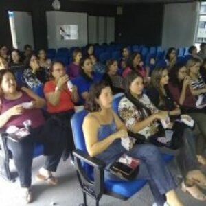 Com a participação de parceiros o Crea-PE homenageia colaboradoras no Dia das Mães