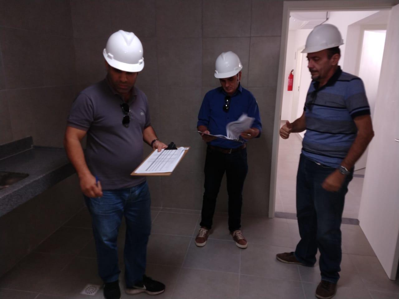 Read more about the article Comissão composta por conselheiros do Crea-PE faz vistoria na obra da nova Inspetoria de Araripina