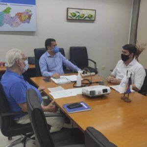 Crea-PE discute com o vereador Samuel Salazar soluções para o edifício Holiday