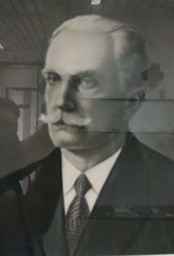 Manoel Antônio de Moraes - 43 a 51